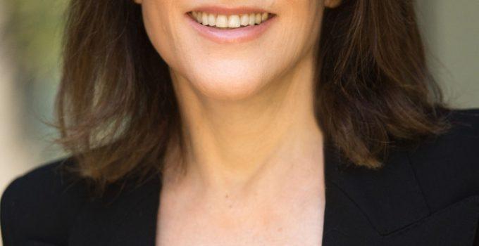 Marianne Williamson Featured