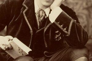 Oscar Wilde Featured