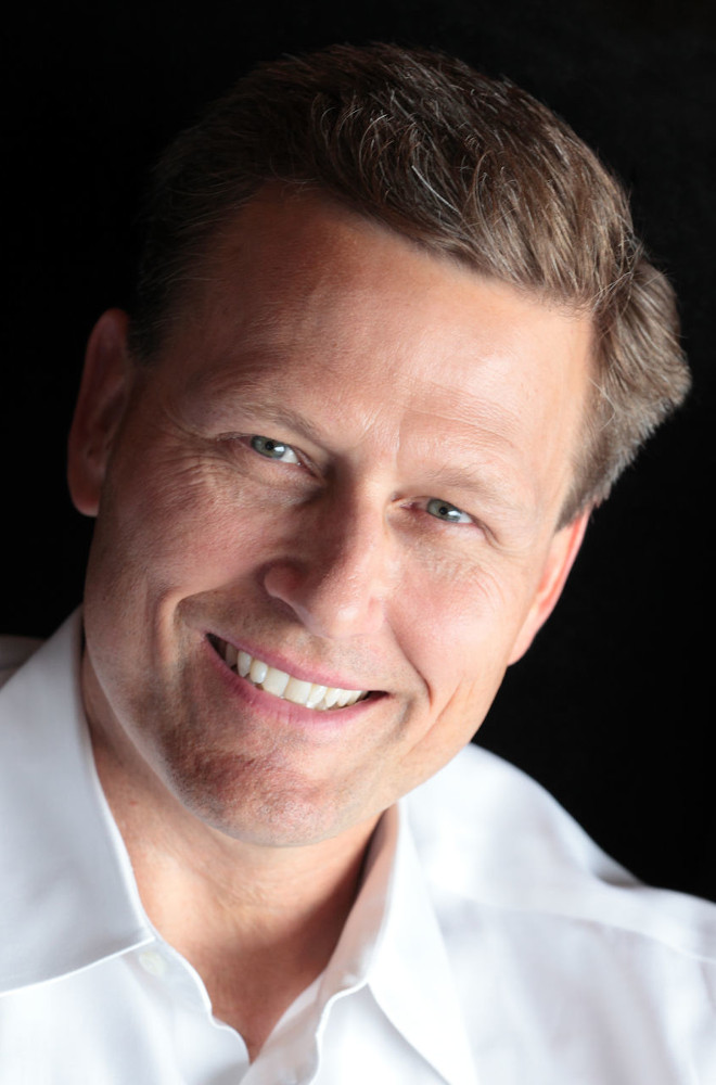 David Baldacci Featured