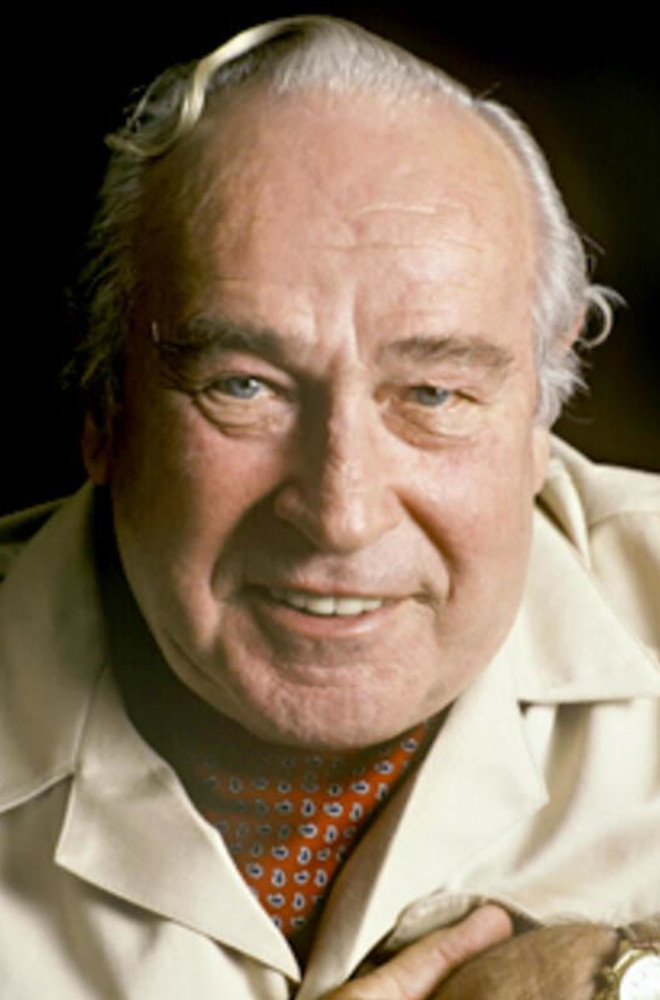 Robert Ludlum Featured