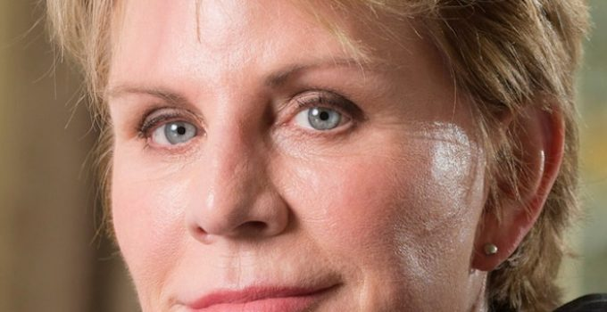 Patricia Cornwell Featured